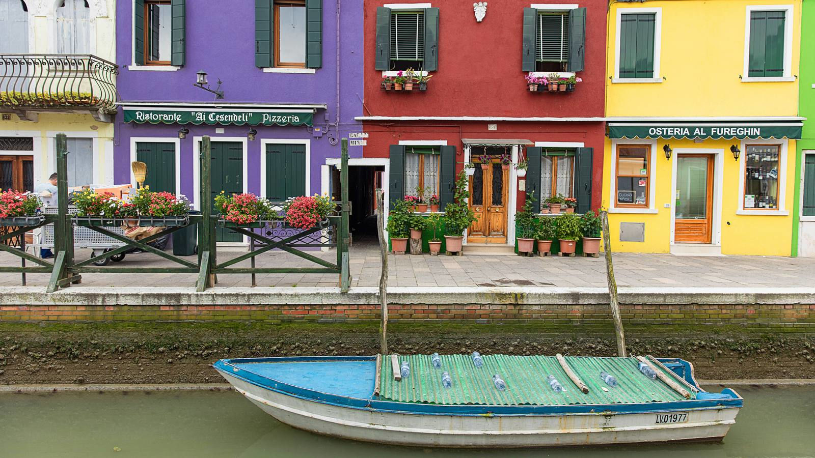 Le tipiche case colorate di Burano