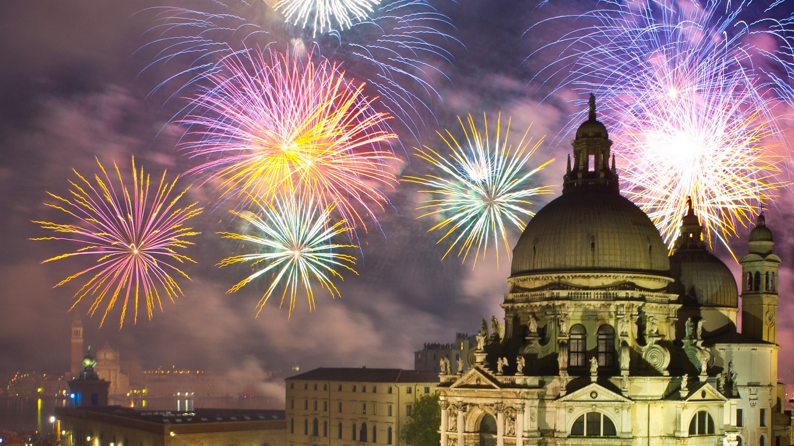 New Year's Fireworks | The Gritti Palace