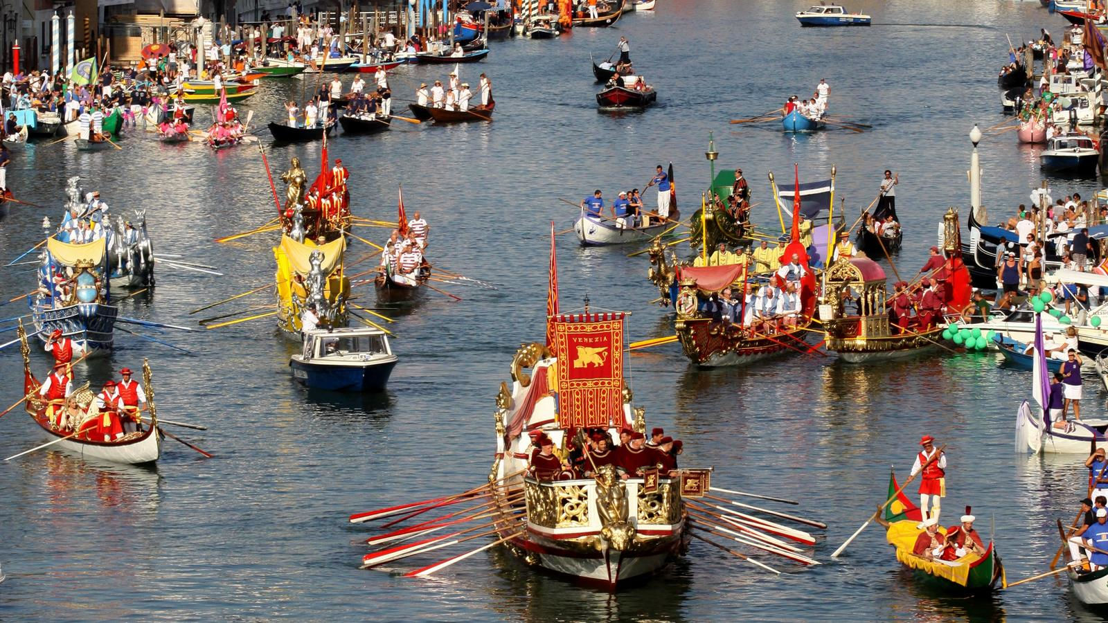 Regata Storica on the Grand Canal