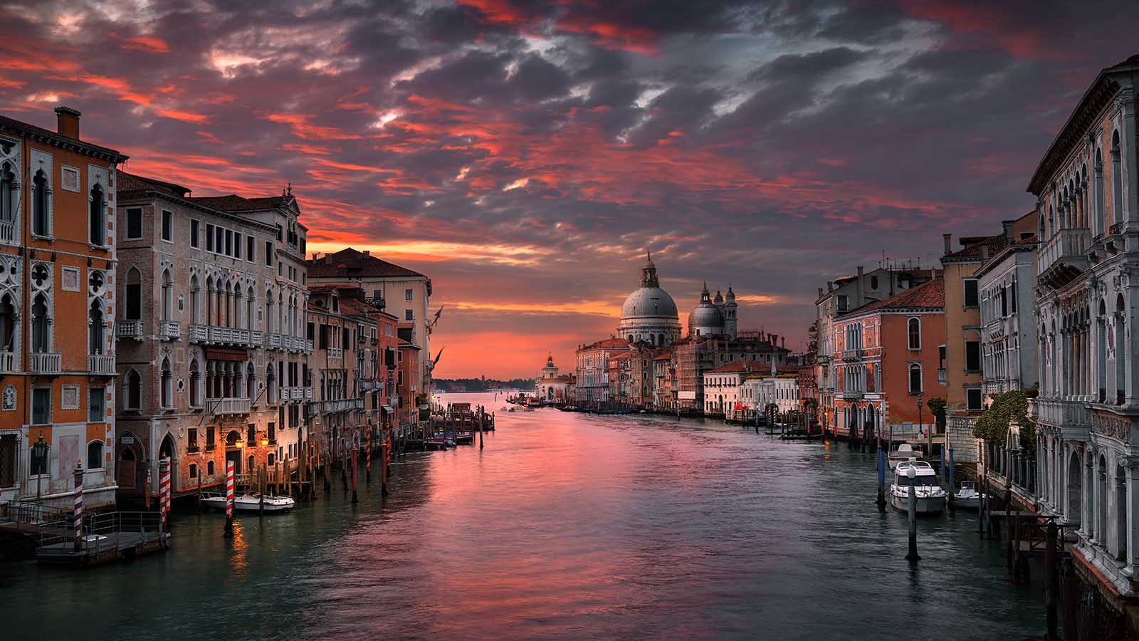 Venice Art Night Ponte Accademia Beautiful Destinations